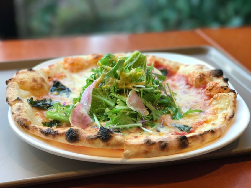 京野菜のピザ