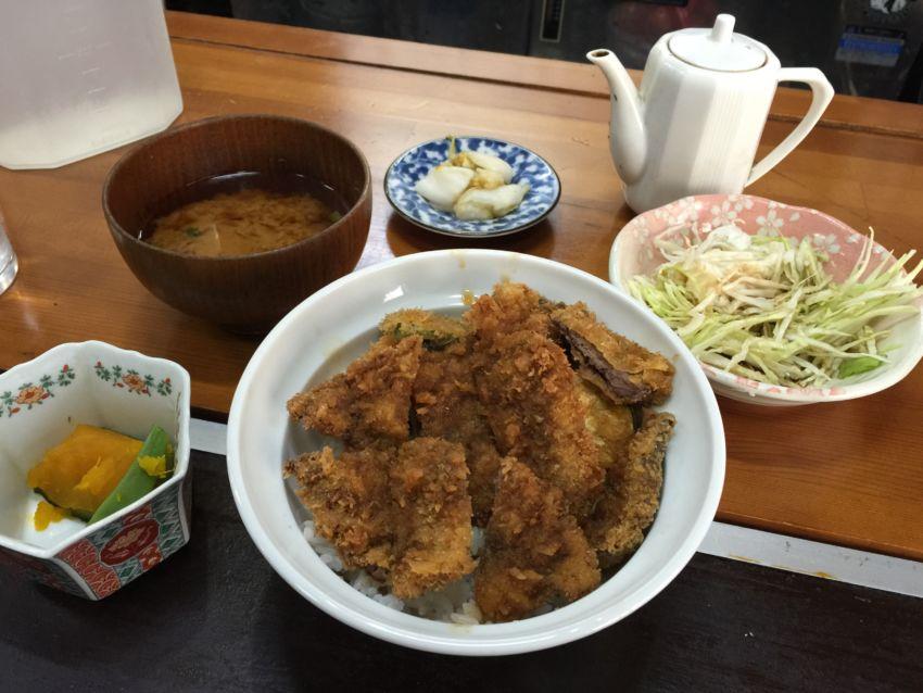 ビフカツ丼