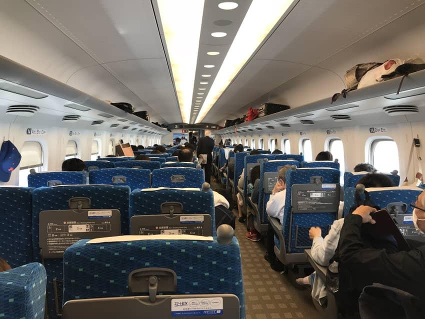 新幹線で岡山へ